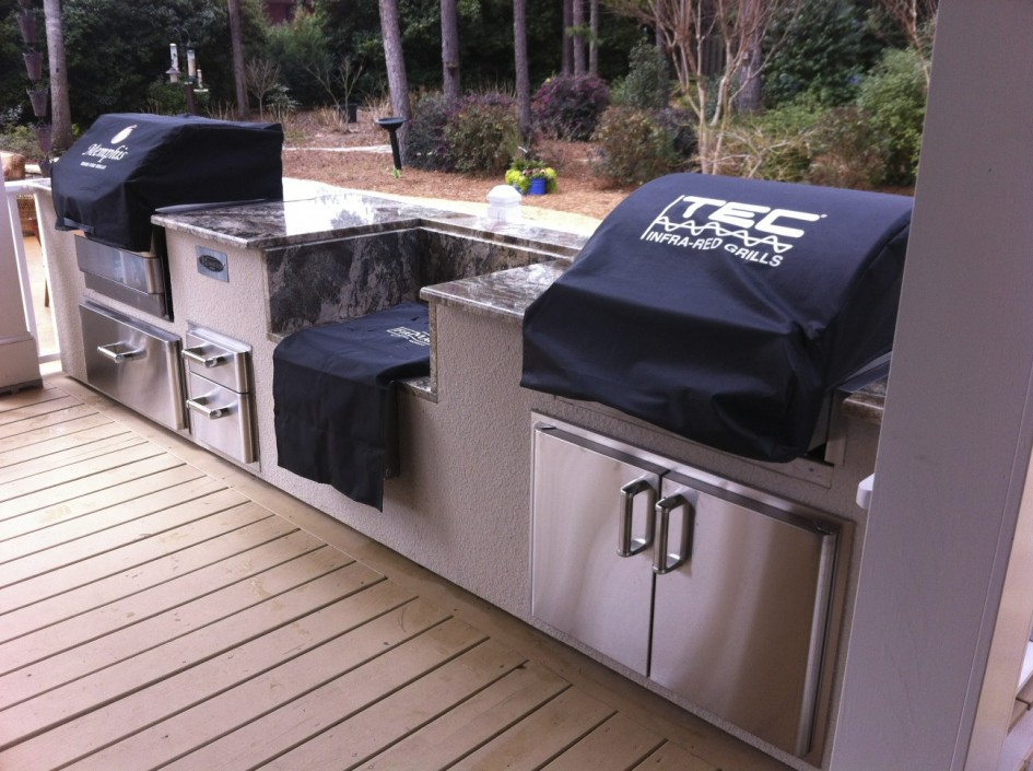 Tec infrared grills outdoor kitchens northwest for Outdoor wood kitchen cabinets